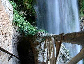 Grottes et cascades de Piedra en Aragon dans les Pyrénées