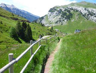 Chemins de Saint-Jacques en Aragon dans les Pyrénées