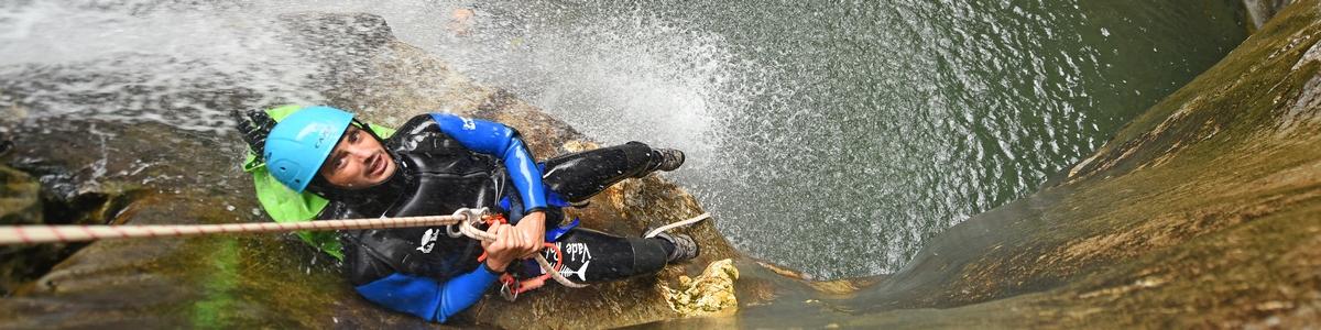 Rafting, canyoning, eaux-vives en Aragon et Béarn dans les Pyrénées