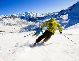 Ski alpin en Aragon dans les Pyrénées