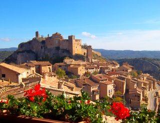 Collégiale d'Alquézar en Aragon dans les Pyrénées