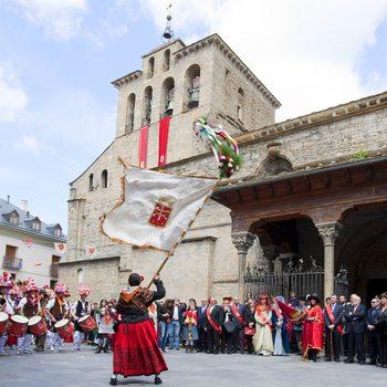 Primer viernes de Mayo à Jaca en Aragon