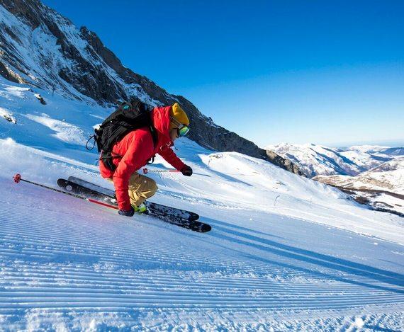 Ski dans les Pyrénées en Béarn et en Aragon