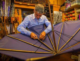 Parapluie de berger fabriqué en Béarn Pyrénées